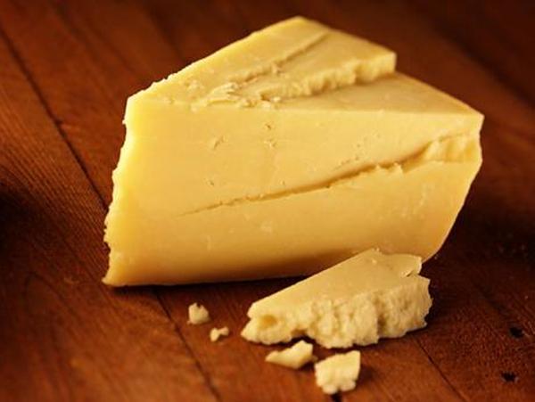 Фото твердого сыра